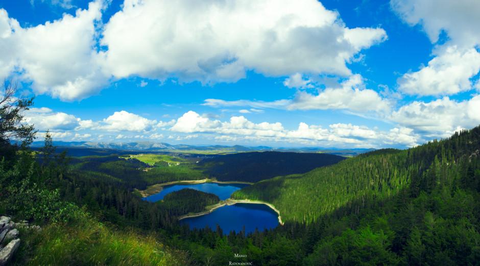 Crno jezero, ova fotografija je ujedno  i nagrada za trud