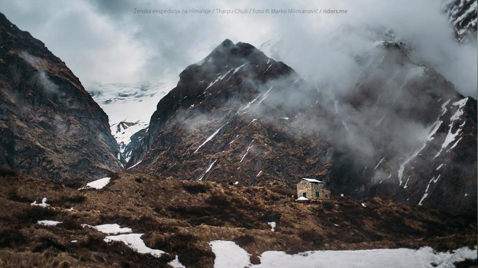 009---Machhapuchhre-Base-Camp,-na-putu-ka-Annapurna-Base-Camp