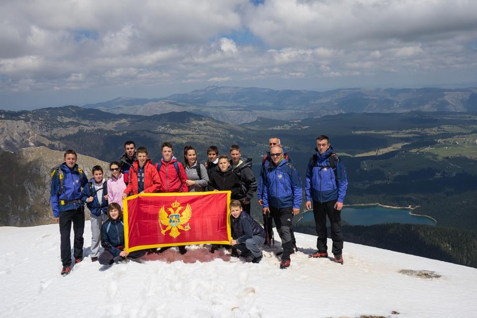 011-na vrhu Kulina sa pogledom na Crno jezero