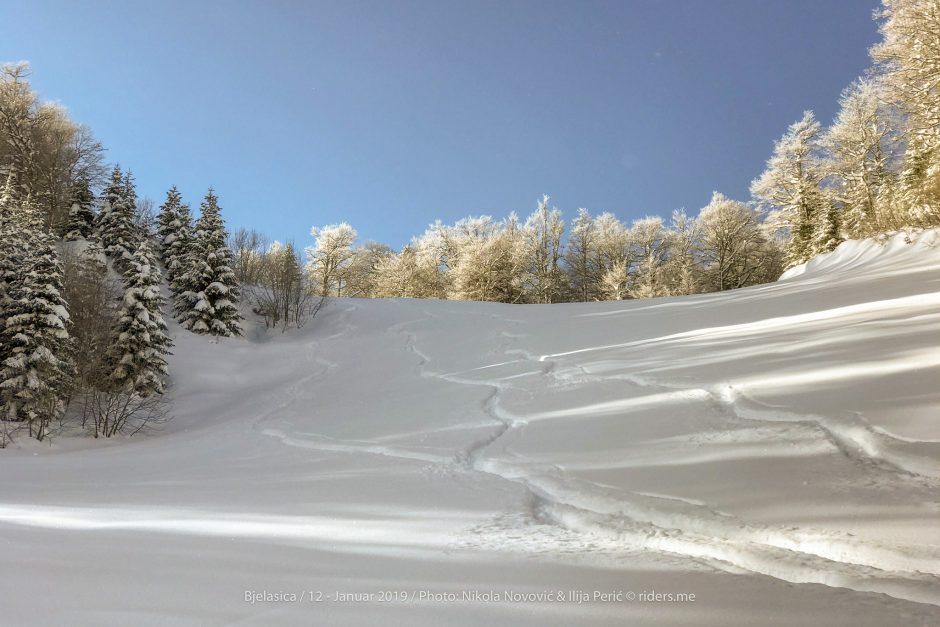 Prvi tragovi kroz dubok snijeg...
